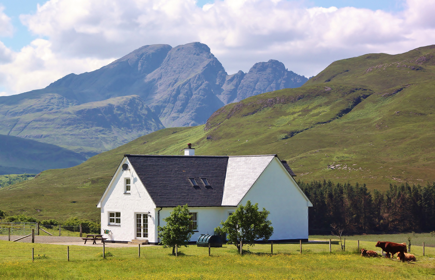 Strath Glebe Cottage, Isle of Skye - just one of over 80 different self catering cottages on the Islands and Highlands Cottages website